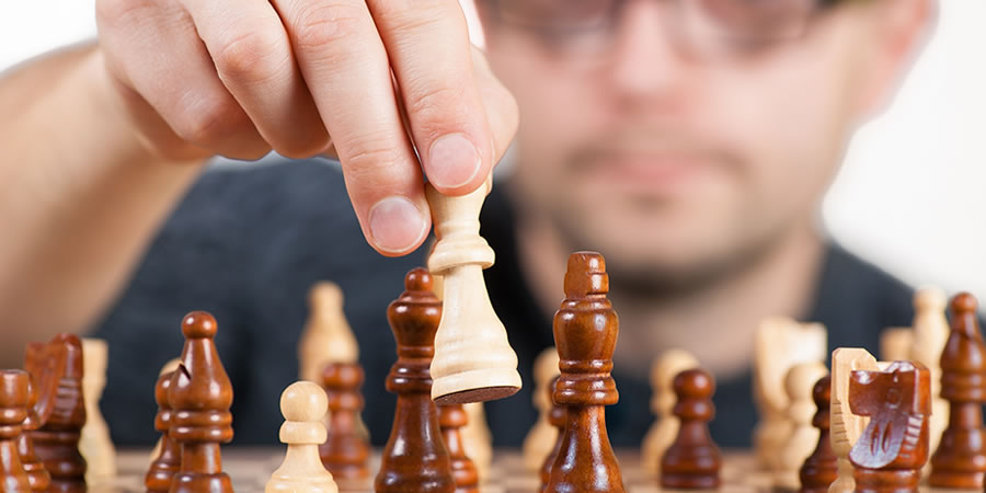 Managing-power-dynamics-at-work